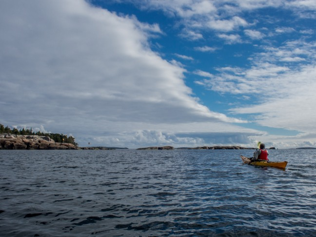 Kayaking on a sunny day in Eastern Helsinki