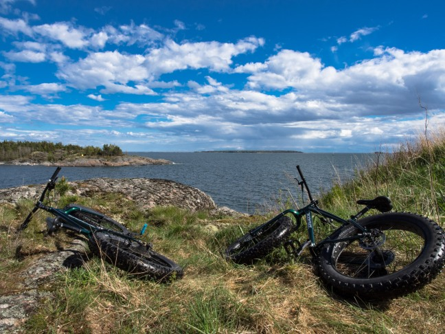 Fatbikes at the southern tip of Vallisaari, Helsinki